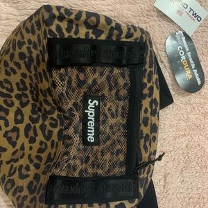 Supreme leopard bag with tags 🏷